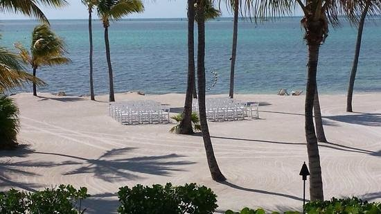 Postcard Inn Beach Resort & Marina : our view..GREAT WEDDING VENUE