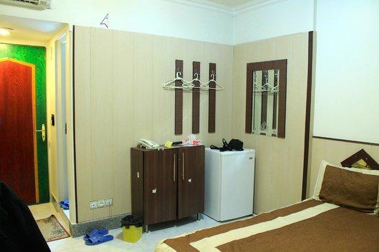 Totia Hotel : Frigo in stanza
