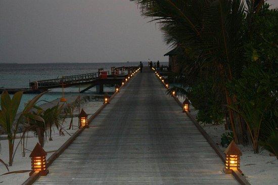 Adaaran Select Meedhupparu : South jetty