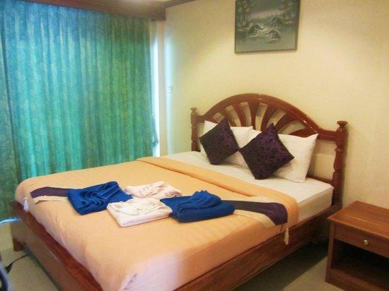 Starlight Resort: Deluxe Room