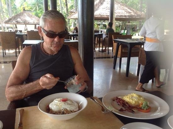 Spa Village Resort Tembok Bali: BIG breakfast !