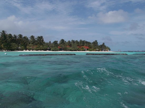 Kurumba Maldives: с лодки