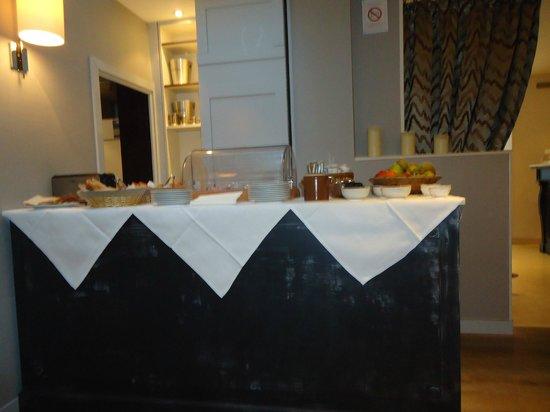 Acacias Etoile Hotel: Завтрак