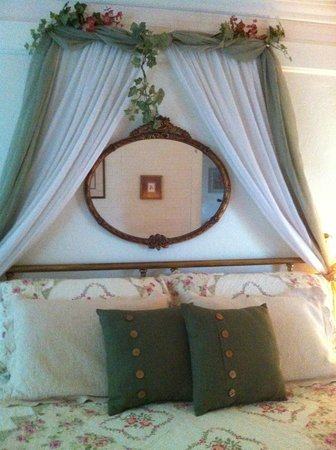 Cedar Key Bed and Breakfast: The Honeymoon Cottage