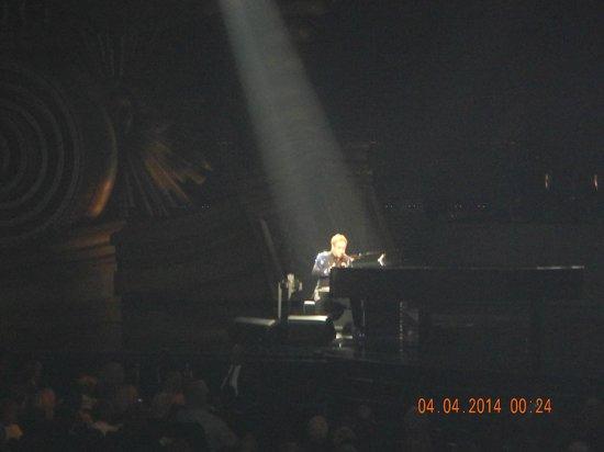 Elton John - The Million Dollar Piano: UN MASTER