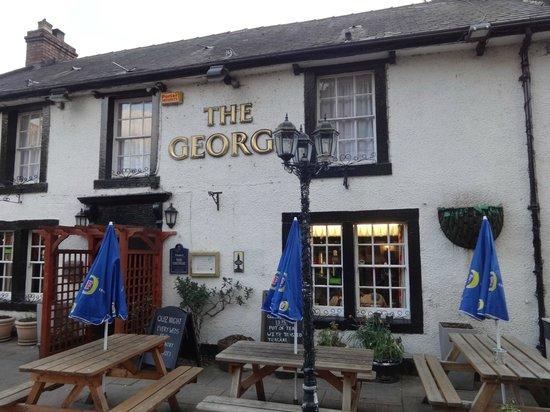 George Inn: Frontage
