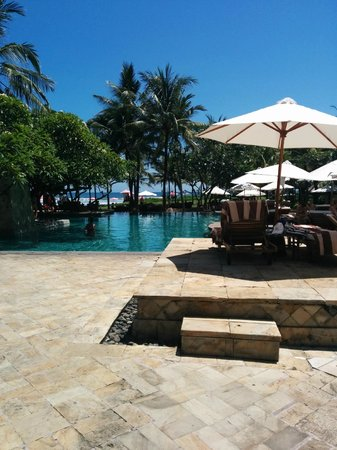 The Royal Beach Seminyak Bali - MGallery Collection : Piscine
