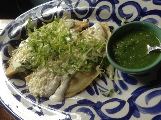 Chavela's: quesadilla de huitlacoche & quesadilla de flor de calabaza....with sour cream and lettuce?!