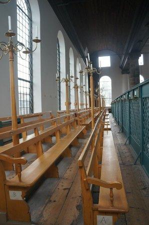 Synagogue portugaise : Здесь на втором этаже место для женщин