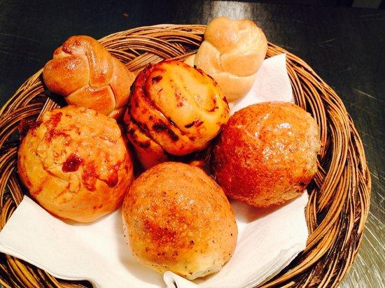 The Cross Keys Restaurant Stow: Homemade bread roll at the restaurant