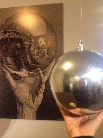 Escher-Museum (Escher in het Paleis): Me n M.C. escher selfies