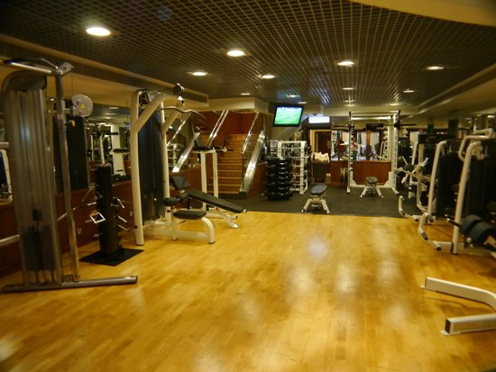 The Langham, Hong Kong : Well equipped gym