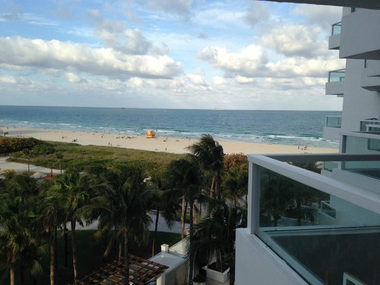 Marriott Stanton South Beach: View of the ocean from the room!
