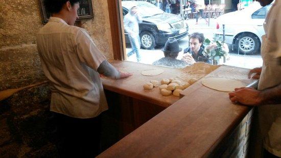 Urfa Dürüm : Making the dough for sandwiches