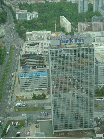 Park Inn by Radisson Berlin Alexanderplatz: Park Inn - Vue de la Fernsehturm