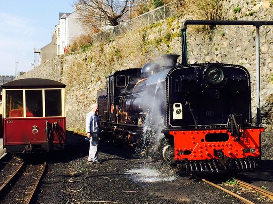 Ffestiniog & Welsh Highland Railways: No 87's driver gives his steed a well-earned drink at Caernarfon before heading back to Porthmad