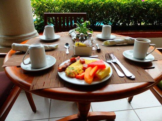 Crowne Plaza Hotel San Salvador: Breakfast