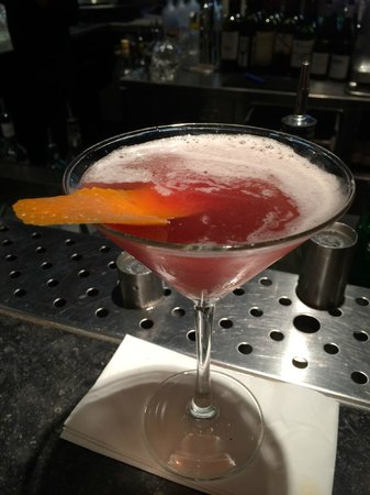 citizenM London Bankside : Valentina's Blood Orange Cosmo