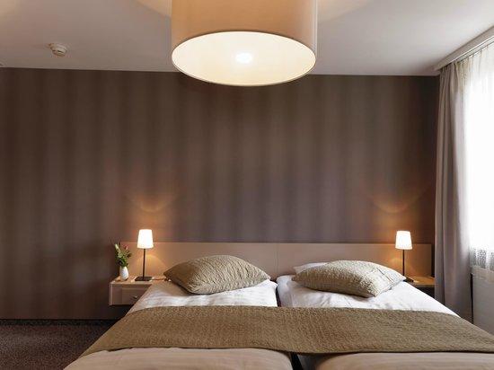 La Suite Hotel Cafe & Restaurant : Chambre