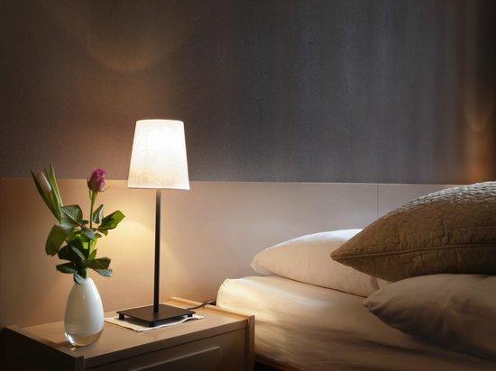 La Suite Hotel Cafe & Restaurant : Chambre fleur