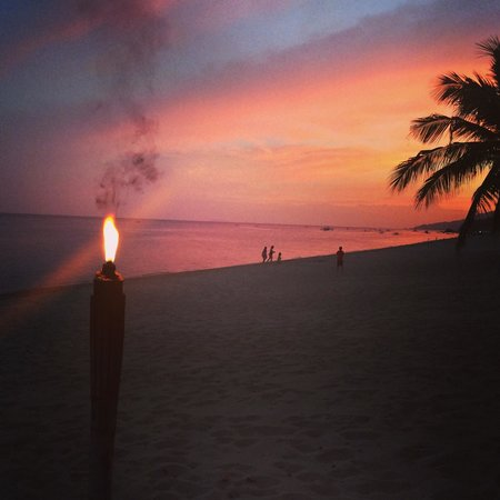 Virgin Beach Resort : Sunset on Virgin Beach.