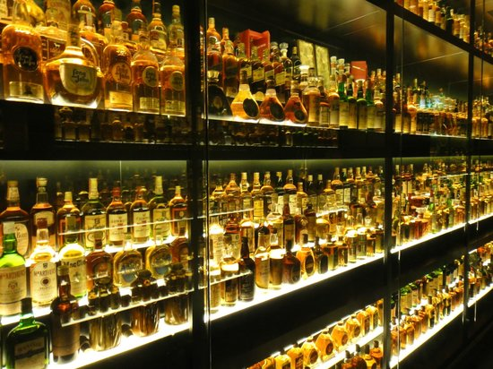 The Scotch Whisky Experience: 2