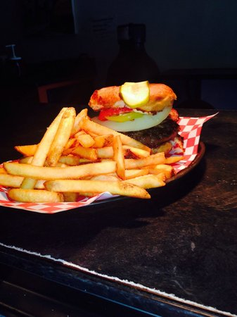Relish Gourmet Burgers: GLUTEN FREE Burgers and Fries!!!