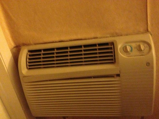Value Inn: Crackling Air Conditioner wouldn't shut off