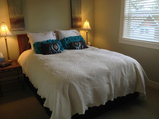 Viewmont Manor: Double room