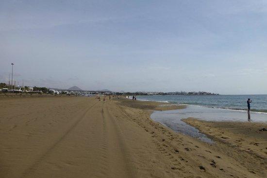 Relaxia Olivina: La plage de sable fin près de l'hôtel