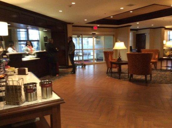 Hampton Inn Buffalo-Williamsville : Lobby