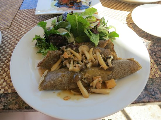 Marche Bacchus: Buckwheat Crepes with Roasted Chicken & Wild Mushrooms, Thyme Cream, House Salad