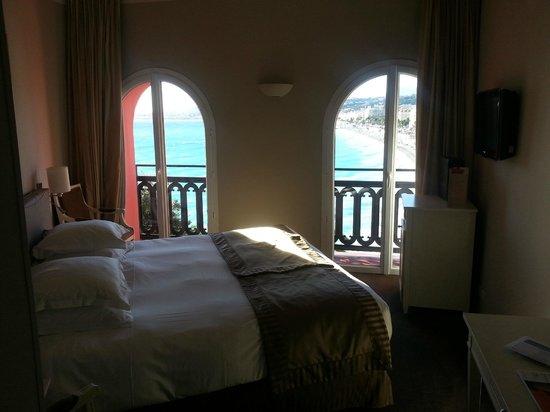 Hotel Suisse: номер