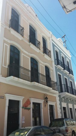 La Terraza de San Juan: Hotel from the street