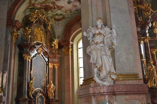 St.-Nikolaus-Kirche (Kostel sv. Mikuláše): Beautiful cathedral