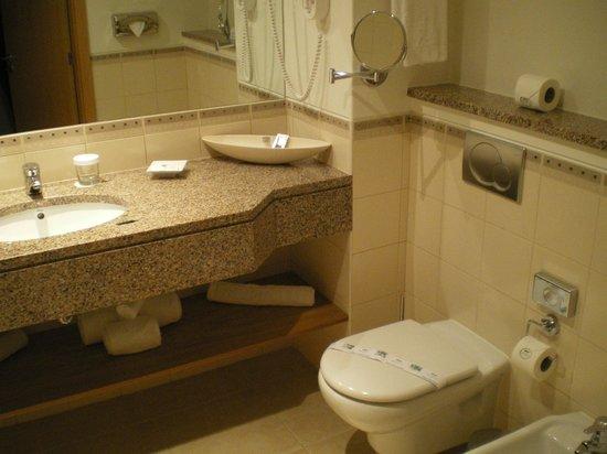 Vale d'Oliveiras Quinta Resort & Spa: Bathroom