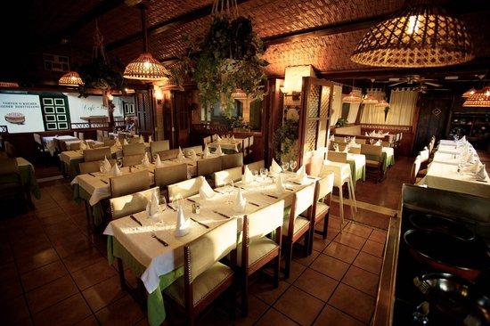 Restaurante Adria: Middle part