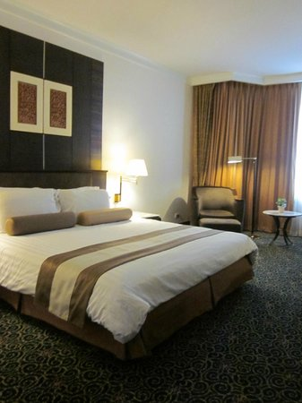 Chaophya Park Hotel : Room 1030