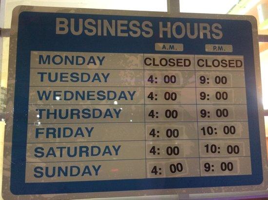 Cuti's: hours