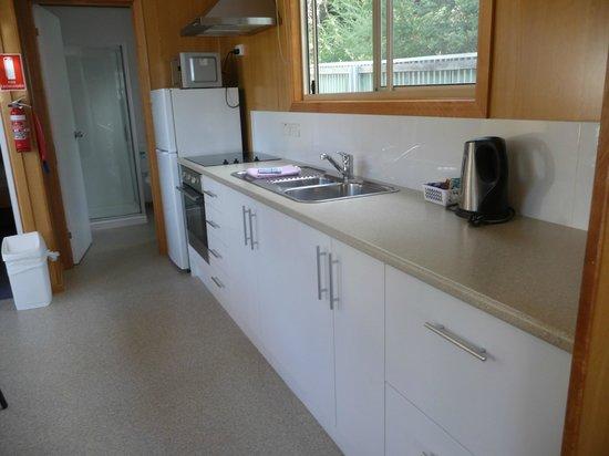 BIG4 Iluka on Freycinet : Well equipped kitchen