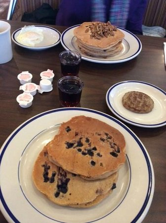 Bob Evans: Whole grain pancakes