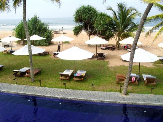 The Surf Hotel: Blick von Terrasse des de luxe Zimmers