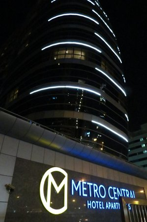 Auris Metro Central Hotel Apartments : Hotel