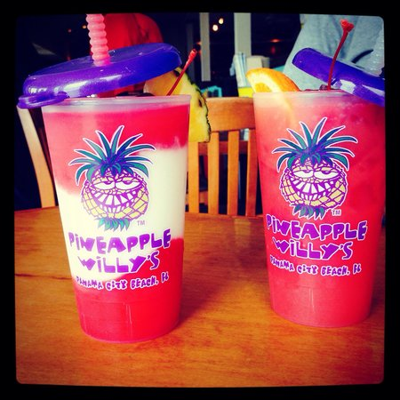 Pineapple Willy's: Voodoo Punch & Pink Flamingo. Yummy. This is the small size