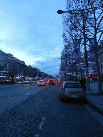 Champs-Élysées : Champs-elysee