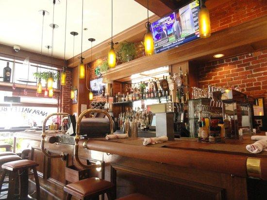 Napa Valley Burger Company: The restaurant was great