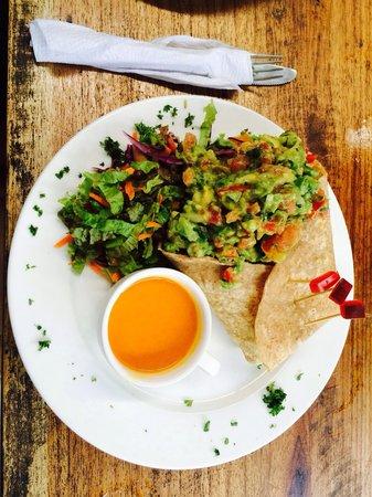 La Botanica Organica Cafe: Burrito