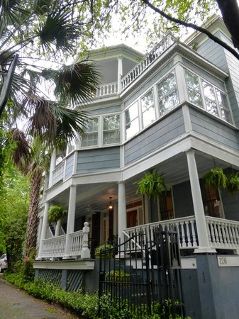 1837 Bed and Breakfast: 1837 B&B
