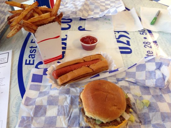 Cape Cod Burgers And Fries: Yum!