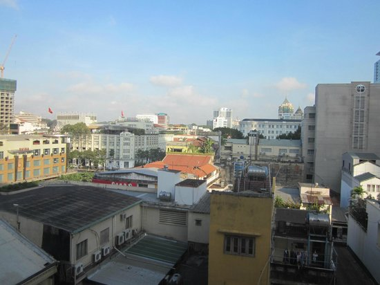 Oscar Saigon Hotel: View from 709